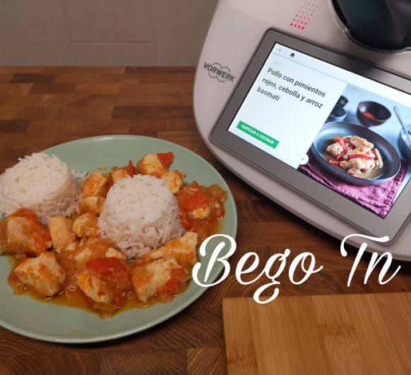 Pollo con pimientos rojos, cebolla y arroz basmati en Thermomix®